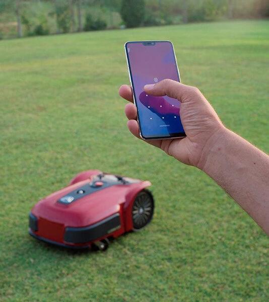 Obsługa robota koszącego przezsmartfona